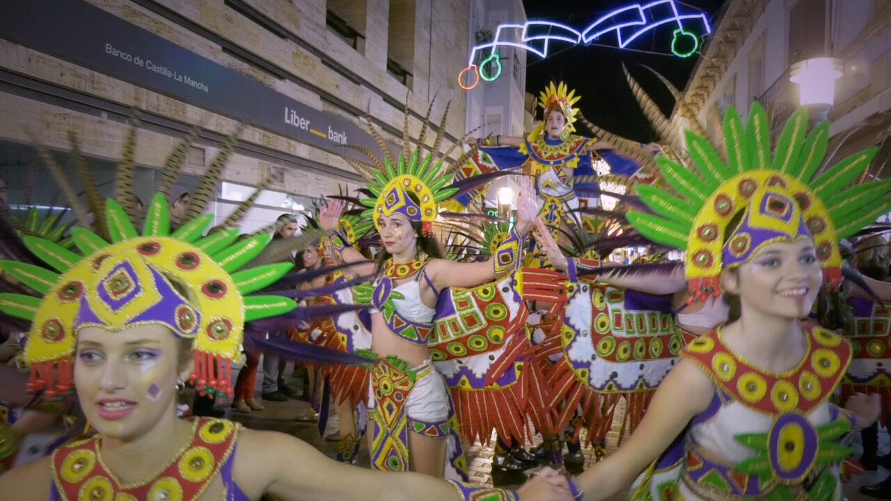 Dynamo, El Burleta y Spirit Dance ganadores del Gran Desfile de comparsas del Carnavalcázar 2017