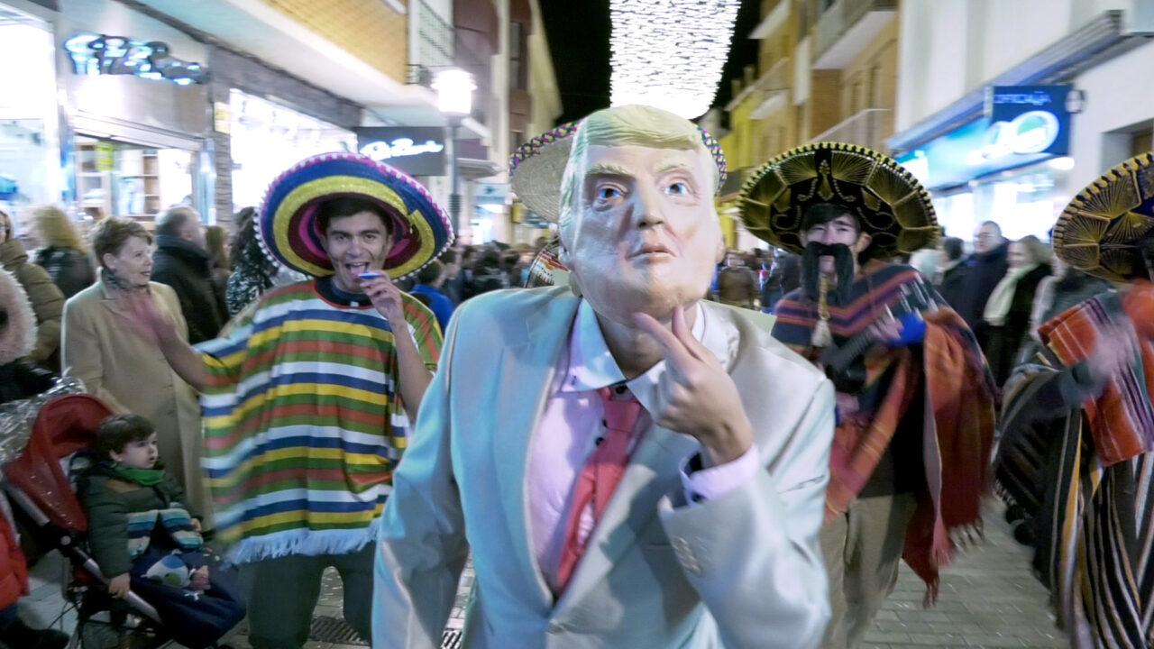 Humor y originalidad han sido los protagonistas del Desfile de Máscaras de Alcázar