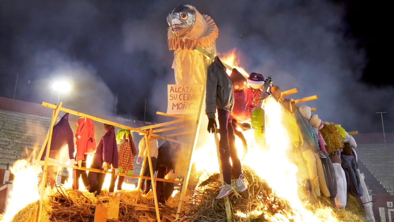 El entierro de la sardina pone fin al Carnaval de Alcázar 2017