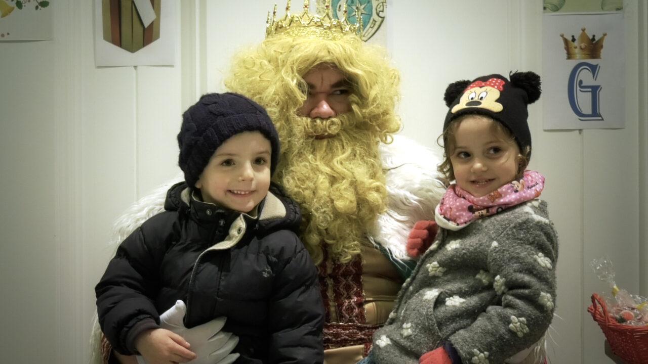 Los Reyes Magos de Oriente recogen las cartas de los más pequeños en Alcázar