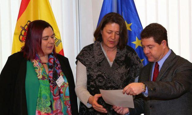 García-Page consigue el compromiso de la UE de acercar posturas con Portugal para acelerar la conexión de Alta Velocidad entre Madrid y Lisboa