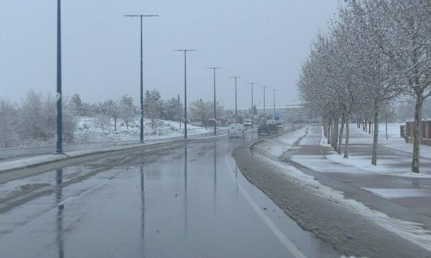 El Gobierno regional despeja cerca de 4.200 kilómetros de carreteras por el temporal de nieve