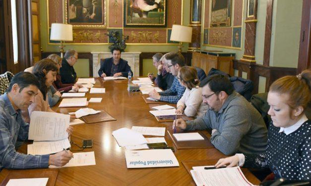 Las Universidades Populares inician la planificación de actividades para 2018