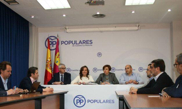 El PP de Castilla-La Mancha acusa a Page de ser el mayor enemigo de la educación y del futuro de los jóvenes