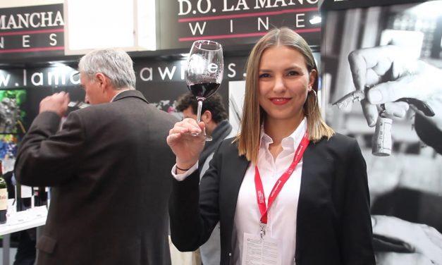 Los vinos DO La Mancha continúan con la intensa gira exterior participando en ferias de China y Alemania