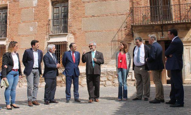 Gregorio visita las obras del Palacio de Clavería en Aldea del Rey y destaca el compromiso inversor del Gobierno de España con el patrimonio de Castilla-La Mancha