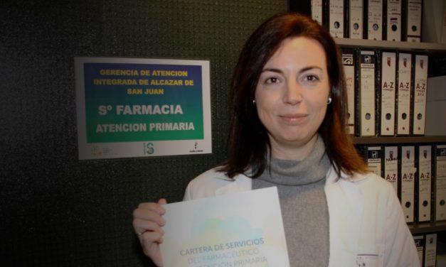 La farmacéutica de Atención Primaria de la Gerencia de Atención Integrada de Alcázar de San Juan, Olga Rubio Pulido, participa  en la elaboración de una  nueva Cartera de Servicios adaptada al paciente