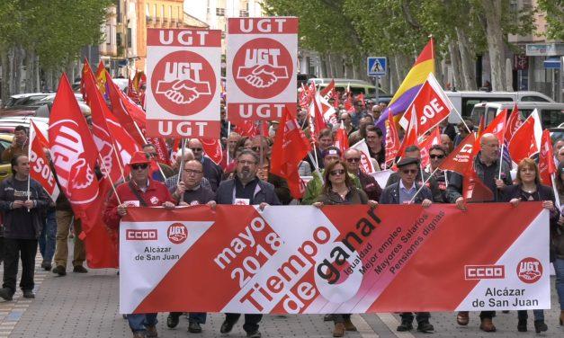 """La manifestación del 1 de Mayo discurre por las calles de Alcázar bajo el lema """"Tiempo de ganar"""""""