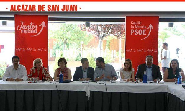 Reunión de la Ejecutiva Regional del PSOE de Castilla-La Mancha en Alcázar de San Juan para hablar de los logros conseguidos y los retos por alcanzar