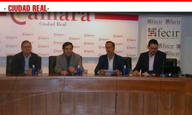 La Diputación informa a los empresarios de la provincia sobre cómo se tramitan los expedientes con la nueva Ley de Contratos