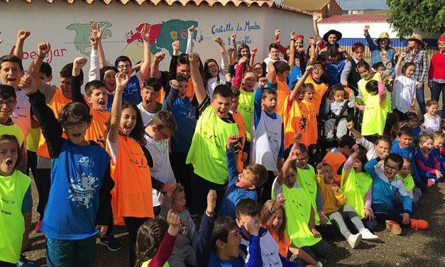 El reto 'Castilla-La Mancha da la vuelta al Mundo' llega a su fin después de que los 30 centros educativos hayan dado cinco vueltas al mundo