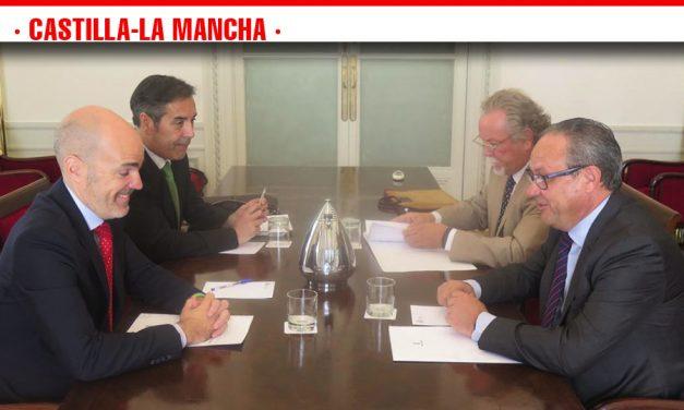 Castilla-La Mancha traslada al Gobierno de España su intención de volver a implantar la jornada de 35 horas semanales para los empleados públicos