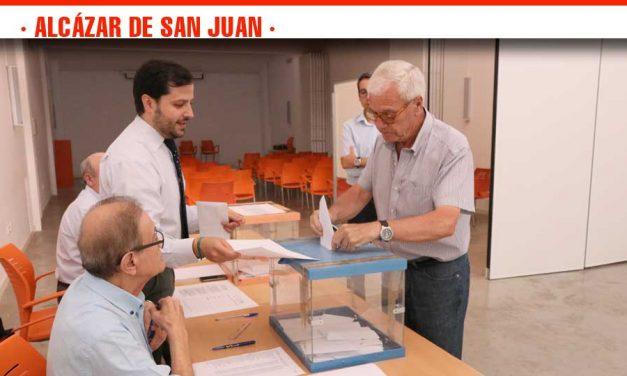 La candidatura de Pablo Casado se impone en las Primarias del Partido Popular en Alcázar de San Juan