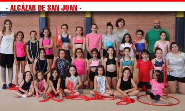 El III Campus de Gimnasia Rítmica reúne a 30 niños y niñas del 2 al 6 de julio