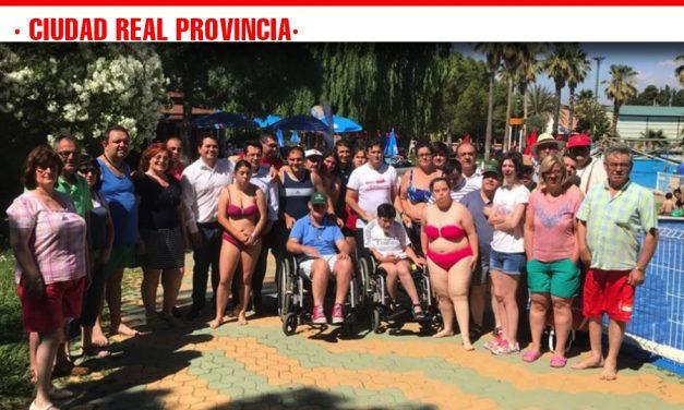 Usuarios de 14 centros ocupacionales y especiales de empleo de la provincia disfrutan del verano con el apoyo de la Diputación