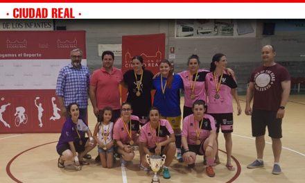 El Ciudad Real gana en Villanueva de los Infantes la VI Liga de Fútbol Sala Femenino que organiza la Diputación