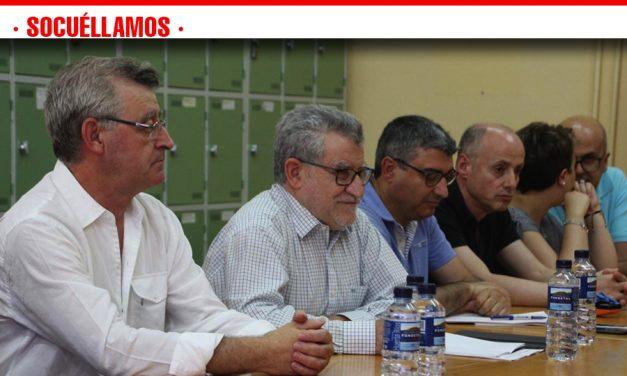 Felpeto recuerda a la comunidad educativa del IES Fernando de Mena que el actual Ejecutivo ha sido el único en comprometerse de forma real con la reforma del centro