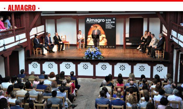 Caballero demanda actos culturales de alto nivel para la provincia en la entrega del Premio Corral de Comedias a Carlos Hipólito