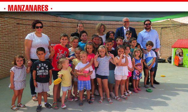 Más de 50 familias y 70 menores participan en el programa 'Concilia en Vacaciones'