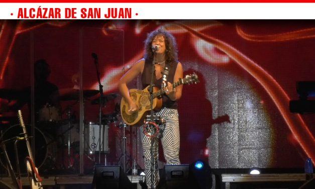 Rosana reúne a más de 4000 fans en el primer concierto solidario de la Feria y Fiestas de Alcázar de San Juan