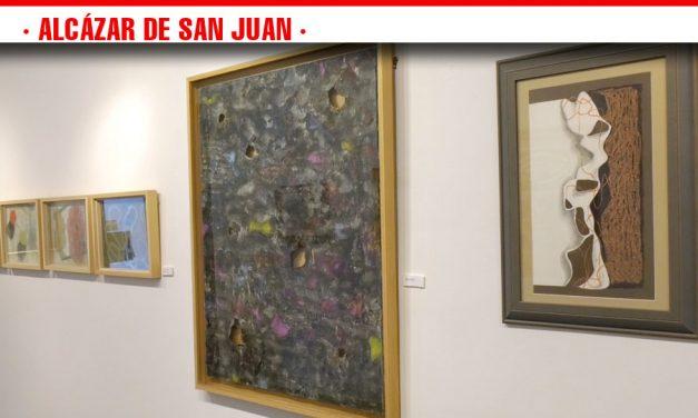 Un paseo por la trayectoria del pintor alcazareño Áureo Gómez podrá disfrutarse hasta el  20 de octubre en la Galería de Arte Marmurán