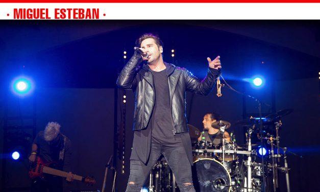 Más de 2.000 personas vibraron con la música de David Bustamante