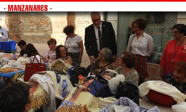 Tradición, cultura y arte se unen en la XXV Muestra de Encaje de Bolillos