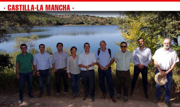 El Gobierno regional amplía su compromiso por la puesta en valor del Parque Natural de las Lagunas de Ruidera con un triple proyecto