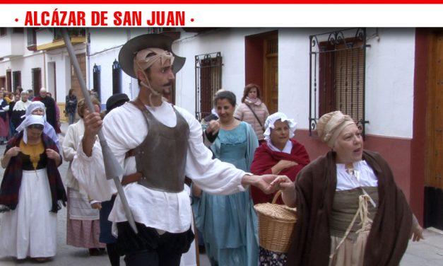 La III Cagalgata Cervantina aúna tradición y cultura en la conmemoración de la V Jornada de Vino y Bautismo Qervantino en Alcázar de San Juan