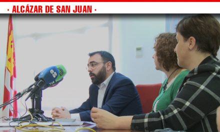 Rosa Melchor se compromete a declarar la Semana Santa de Alcázar de San Juan de Interés Turístico Regional