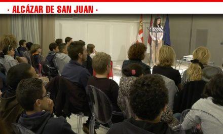 El acto de reconocimiento a los Derechos de la Infancia pone el punto final a la XIII Semana dedicada a niños y adolescentes de Alcázar de San Juan