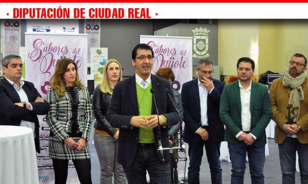 Caballero destaca la promoción del cordero manchego como uno de los productos más identificativos de la provincia