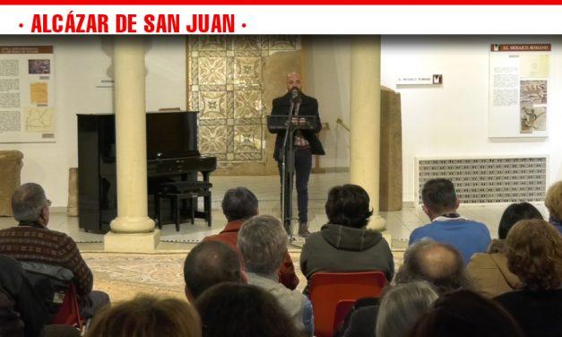 Alcázar, ciudad de referencia de la cultura con la celebración del III Festival Poético de Año Nuevo que reúne a 21 poetas de la zona Manchacentro en el Museo Municipal