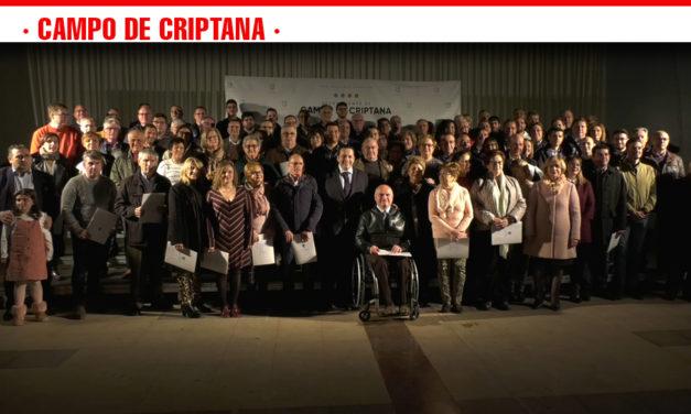 Campo de Criptana firma 108 convenios de colaboración con las agrupaciones locales en la Gala de las Asociaciones