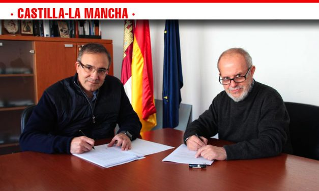El fotógrafo José Manuel Navia dona 66 fotografías al Gobierno regional de la exposición 'Miguel de Cervantes, o el deseo de vivir'