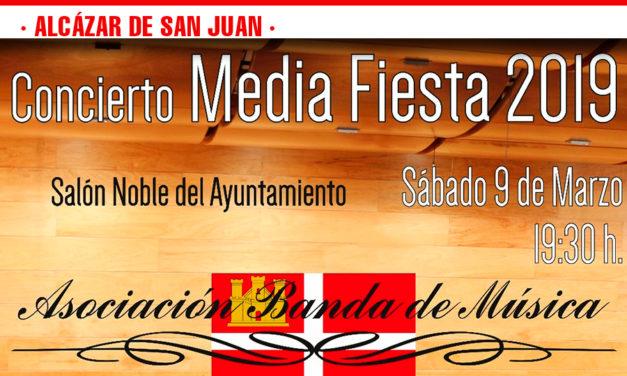 La Asociación Cultural de Moros y Cristianos Al-Kasar, de Alcázar de San Juan, inicia sus actividades culturales y festeras con su 'Media Fiesta'