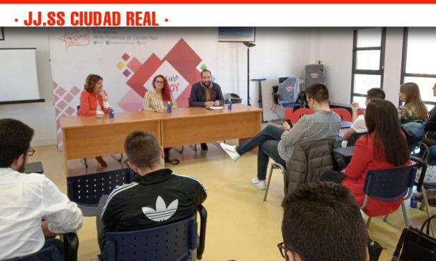 """La Juventudes Socialistas de Ciudad Real se dan cita en Manzanares """"para trabajar la formación orgánica y crear músculo de cara a las elecciones"""""""