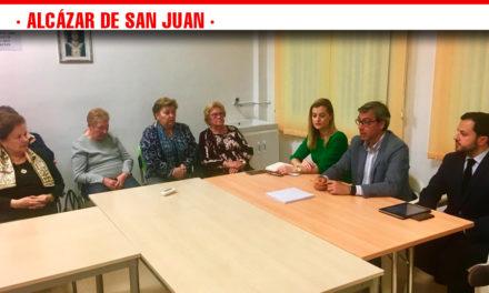 El Partido Popular de Alcázar de San Juan se reúne con los vecinos para escuchar sus necesidades