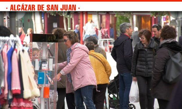 Las calles de Alcázar de San Juan se llenan de ofertas y novedades con el primer A Pie de Calle del año