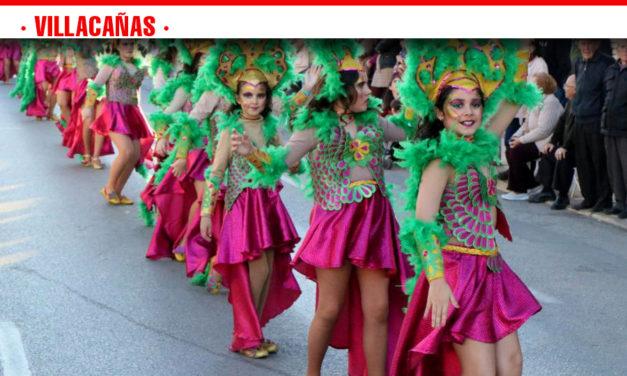 Villacañas se llena de música y baile en el Gran Desfile del Carnaval