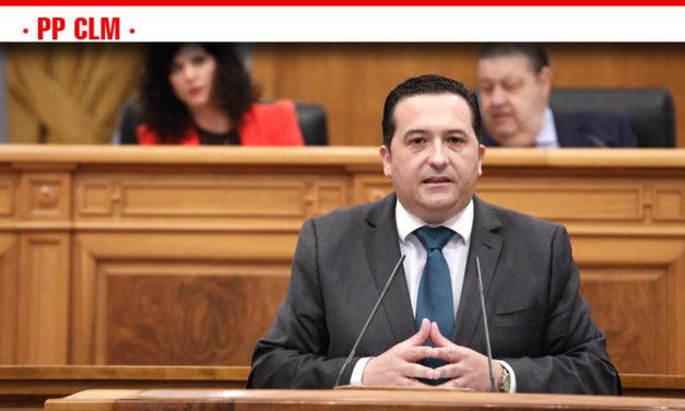 Lucas-Torres afirma que, aunque llega tarde, el PP ha mejorado y apoyado la Ley de Consumo porque antepone el bienestar de los castellano-manchegos a los colores políticos