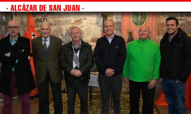 La Hermandad del Santísimo Cristo de la Expiación conmemora su 75º aniversario con una exposición en la Iglesia de Santa Quiteria