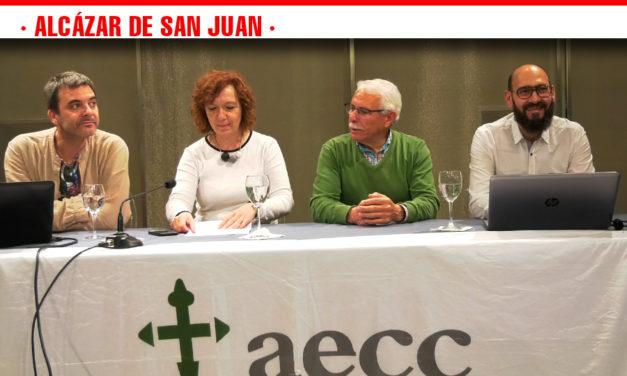 La Asociación Española Contra el Cáncer realiza charlas, espectáculos de baile y deporte para recaudar fondos para la investigación de la enfermedad