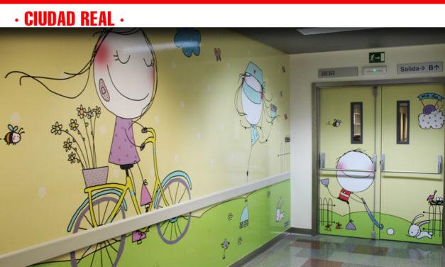 El Hospital de Ciudad Real renueva la decoración del área de Pediatría