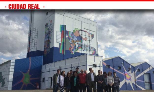 La Diputación recupera los silos e implica a personas con capacidades diferentes en un proyecto de arte mural sin precedentes