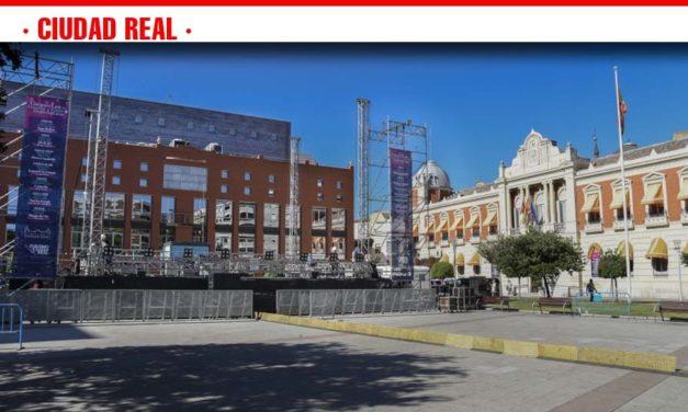 Todo preparado para el concierto de Ana Belén en la Plaza de la Constitución de Ciudad Real con entrada libre