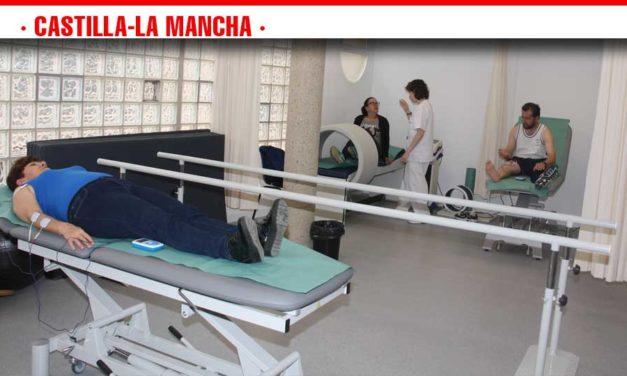 La sala de fisioterapia del Centro de Salud de Villafranca de los Caballeros empieza a prestar asistencia a los primeros pacientes