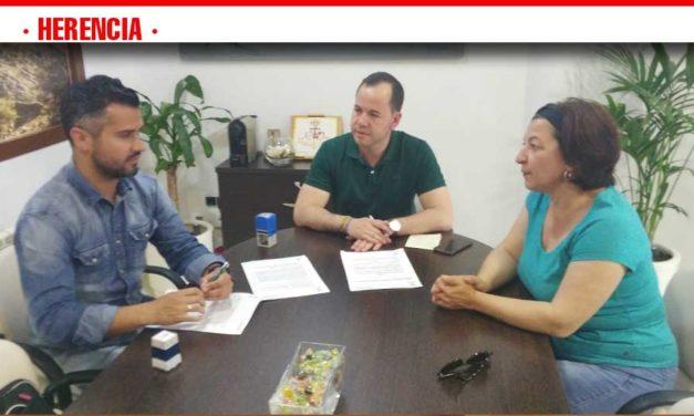 Herencia renueva el convenio con ASODISAL garantizando que el deporte llegue a todos