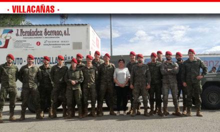Un grupo de militares de la Academia de Infantería de Toledo llegaron ayer a Villacañas