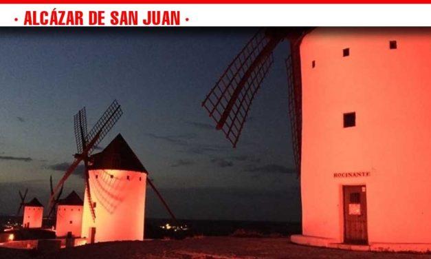 La noche del 22 de mayo los molinos y el ayuntamiento se iluminarán de rojo para sensibilizar sobre el Síndrome 22Q11